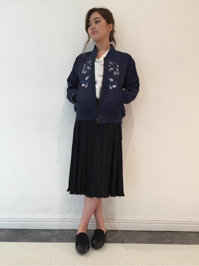スカジャン×スカート