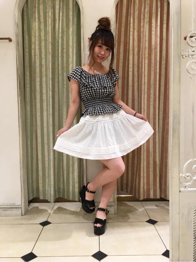 渋谷109店♡ギンガム×ホワイトデニムスカートで爽やかgirlyコーデ♡♡♡